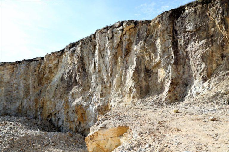 Quero iniciar a exploração de minérios. E agora?